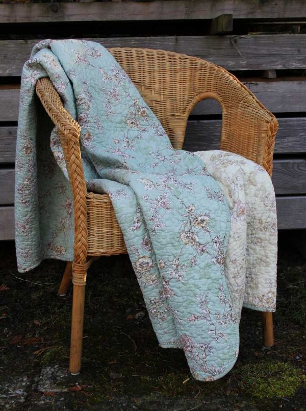 Quilt Decke Plaid mit Blumenmuster Chic Antique BLUE COTTAGE