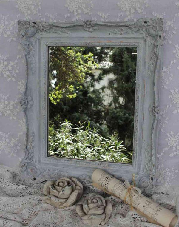 antiker Spiegel mit verziertem Rahmen BLUE COTTAGE