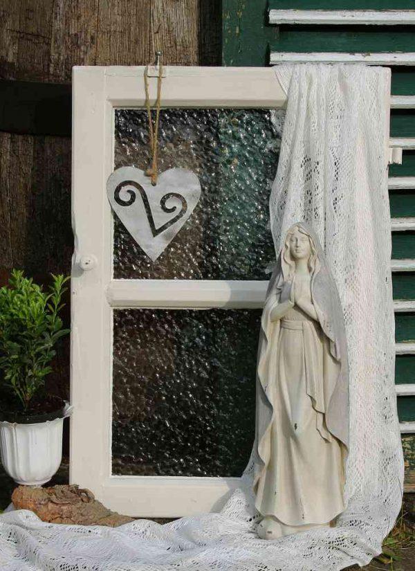 altes Sprossenfenster mit Ornamentglas BLUE COTTAGE