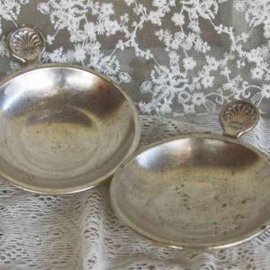2-er-Set alte kleine Schalen, Kerzenständer versilbert BLUE COTTAGE