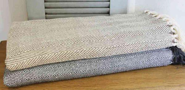 großes Plaid Decke Bettüberwurf 'Fischgrat' handgewebt BLUE COTTAGE